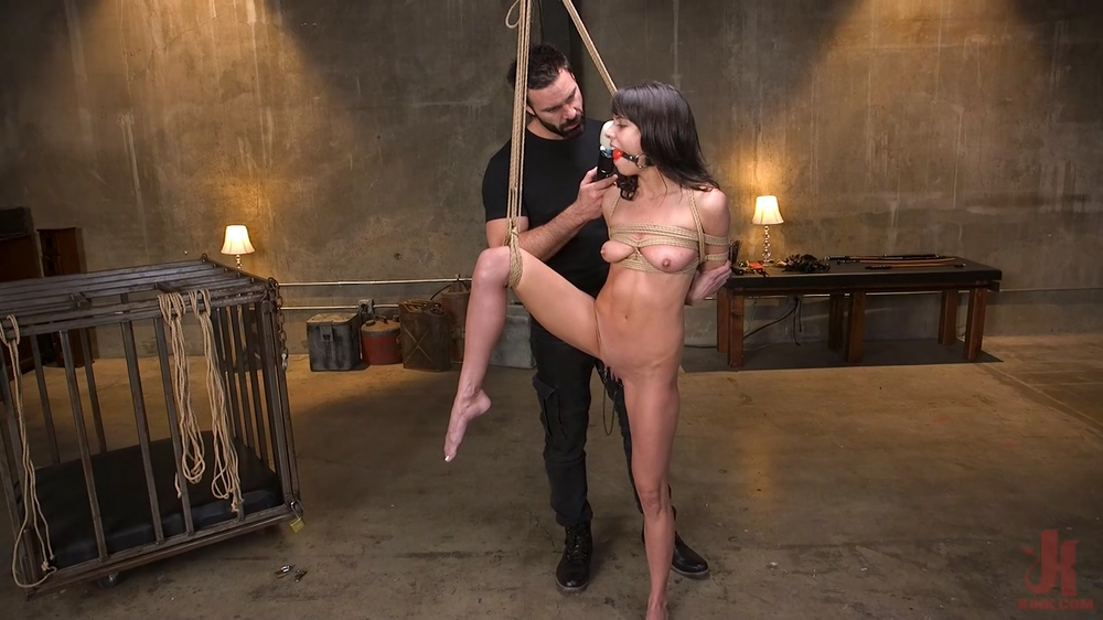 Skinny Newbie Lexi Foxy Gets Her Tiny Pussy Pounded In Brutal Bondage